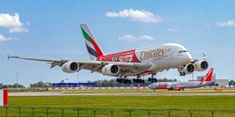 A380 beim Planespotting in Prag