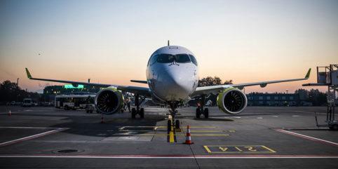Airbus A220-300 von Air Baltic
