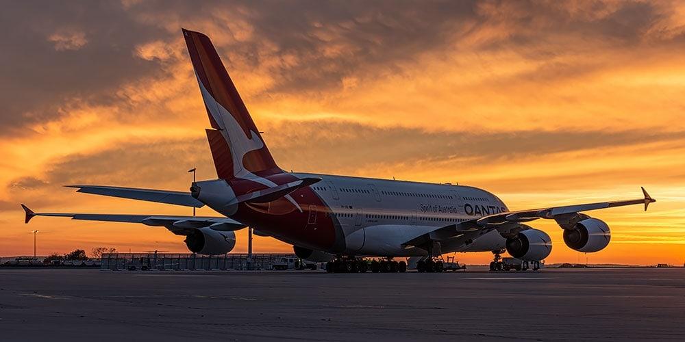 Ein Airbus A380 der Qantas auf dem Flughafen Dresden