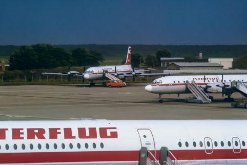 Flugzeuge der Interflug auf dem Flughafen Berlin-Schönefeld.